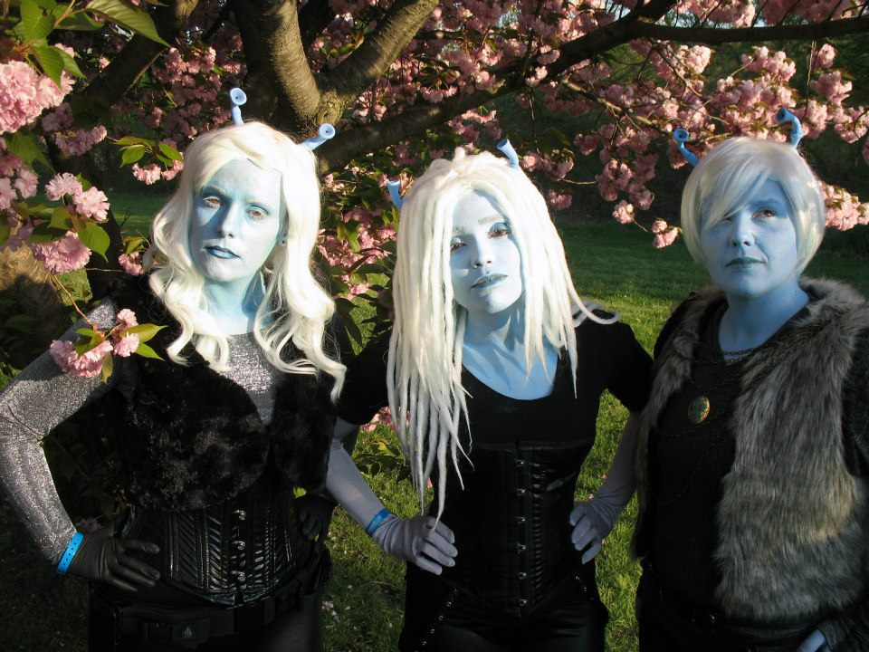 Vynni, Lissan, and Ell. Photo by Venture Cosplay.
