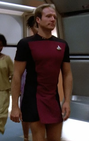 TNG lieutenant wearing the Season One skant uniform